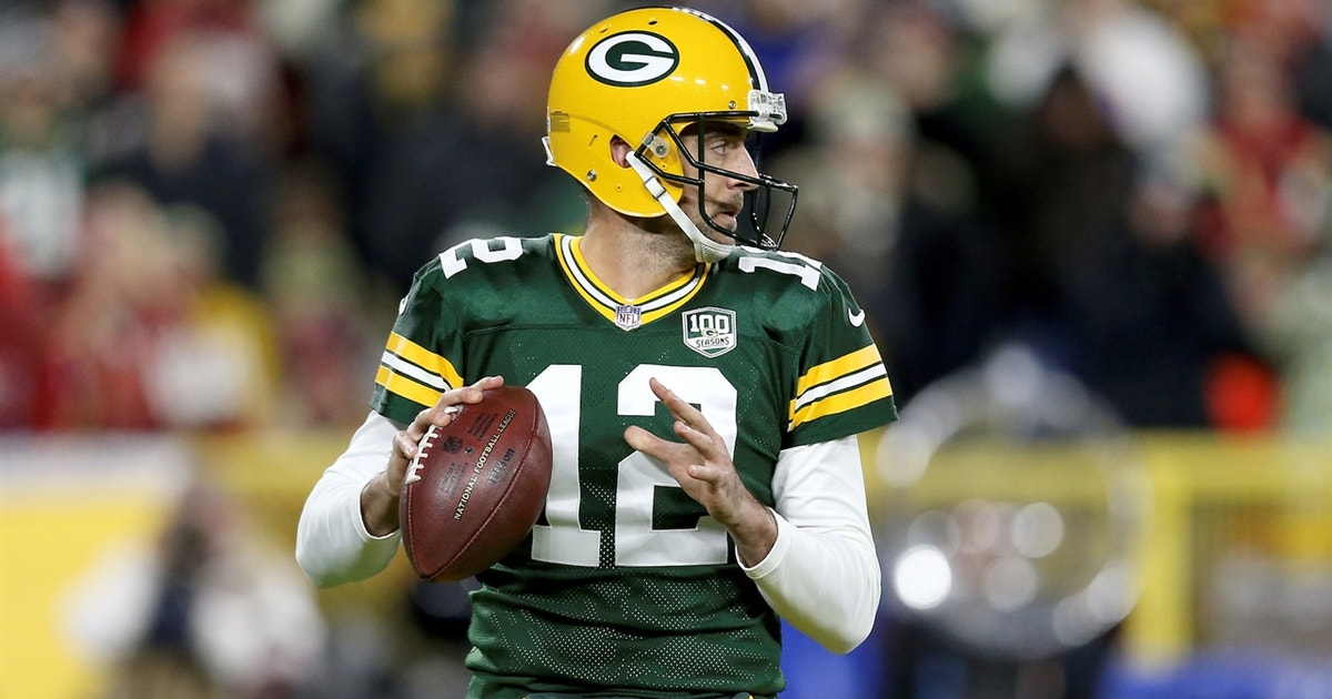 Aaron Rodgers Vresize 630 High 14 Skip Bayless Examines Performance On Mnf He Is The Lebron James Of Nfl Fox Sports