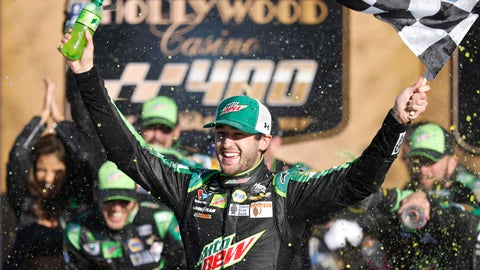 <p>               Chase Elliott celebrates winning a NASCAR Cup Series auto race at Kansas Speedway in Kansas City, Kan., Sunday, Oct 21, 2018. (AP Photo/Colin E. Braley)             </p>