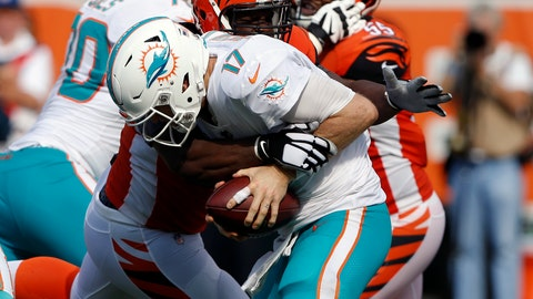 <p>               FILE - In this Oct. 7, 2018, file photo, Cincinnati Bengals defensive tackle Geno Atkins sacks Miami Dolphins quarterback Ryan Tannehill (17) during the second half of an NFL football game, in Cincinnati.  Atkins sacked Ryan Tannehill twice and hit him three other times as he was getting rid of the ball. The Bengals defensive tackle simply pushed through the Miami Dolphins' line, his latest disruptive performance in an impressive start to the season. (AP Photo/Frank Victores, File)             </p>