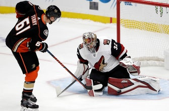 Kesler returns, but Ducks fall to Coyotes in shootout