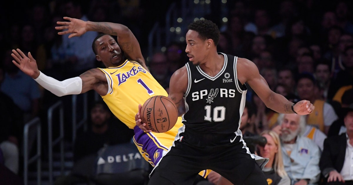 Spurs rally to keep Lakers winless with LeBron 226ca2031
