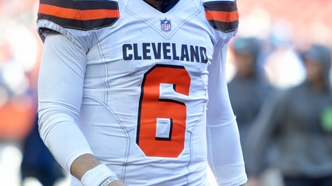 <p>               Cleveland Browns quarterback Baker Mayfield walks off the field after the team lost to the Los Angeles Chargers inan NFL football game, Sunday, Oct. 14, 2018, in Cleveland. (AP Photo/David Richard)             </p>