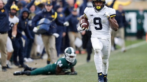 <p>               Michigan wide receiver Donovan Peoples-Jones (9) runs for a 79-yard touchdown run during the second half of an NCAA college football game against Michigan State, Saturday, Oct. 20, 2018, in East Lansing, Mich. (AP Photo/Carlos Osorio)             </p>