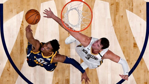 <p>               Utah Jazz guard Donovan Mitchell (45) goes to the basket against New Orleans Pelicans forward Nikola Mirotic (3) in the first half of an NBA basketball game in New Orleans, Saturday, Oct. 27, 2018. (AP Photo/Gerald Herbert)             </p>