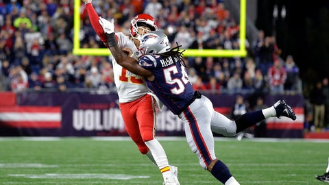 <p>               New England Patriots linebacker Dont'a Hightower (54) pressures Kansas City Chiefs quarterback Patrick Mahomes (15) as he tries to pass during the first half of an NFL football game, Sunday, Oct. 14, 2018, in Foxborough, Mass. (AP Photo/Steven Senne)             </p>