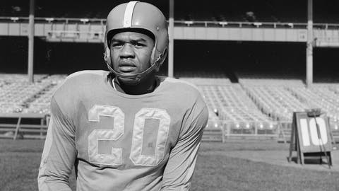 <p>               FILE - In this Nov. 2, 1950, file photo, New York Yanks football player George Taliaferro (20) poses in New York. Taliaferro, a standout running back for Indiana who became the first black player to be drafted by an NFL team when George Halas and the Chicago Bears took him in the 13th round of the NFL draft, has died. He was 91. Senior associate athletic director Jeremy Gray said Tuesday, oct. 9, 2018, the Hoosiers had spoken with Taliaferro's family about his death in Mason, Ohio.  (AP Photo/Murray Becker)             </p>