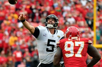 Jaguars' Bortles has 5 turnovers in lopsided loss to Chiefs