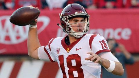 <p>               Southern California quarterback JT Daniels (18) passes the ball against Utah during the first half of an NCAA college football game Saturday, Oct. 20, 2018, in Salt Lake City. (AP Photo/Rick Bowmer)             </p>