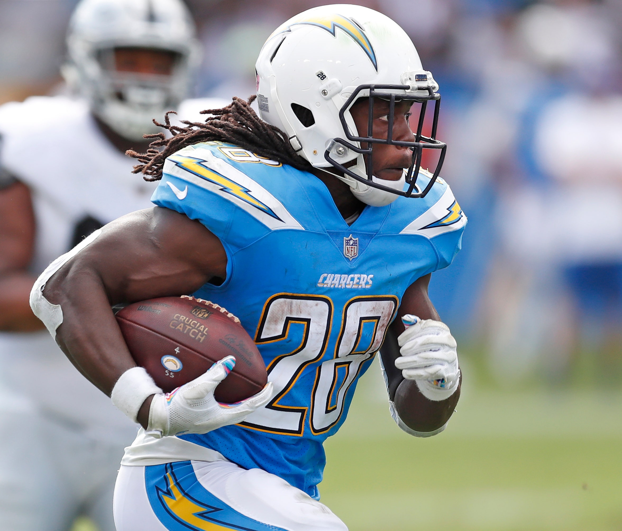 wholesale dealer e495c d457a LA Chargers Melvin Gordon hosts Holiday Bike Build with ...