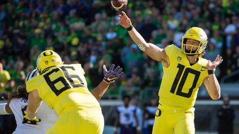 ON THE RISE: Justin Herbert, Oregon QB