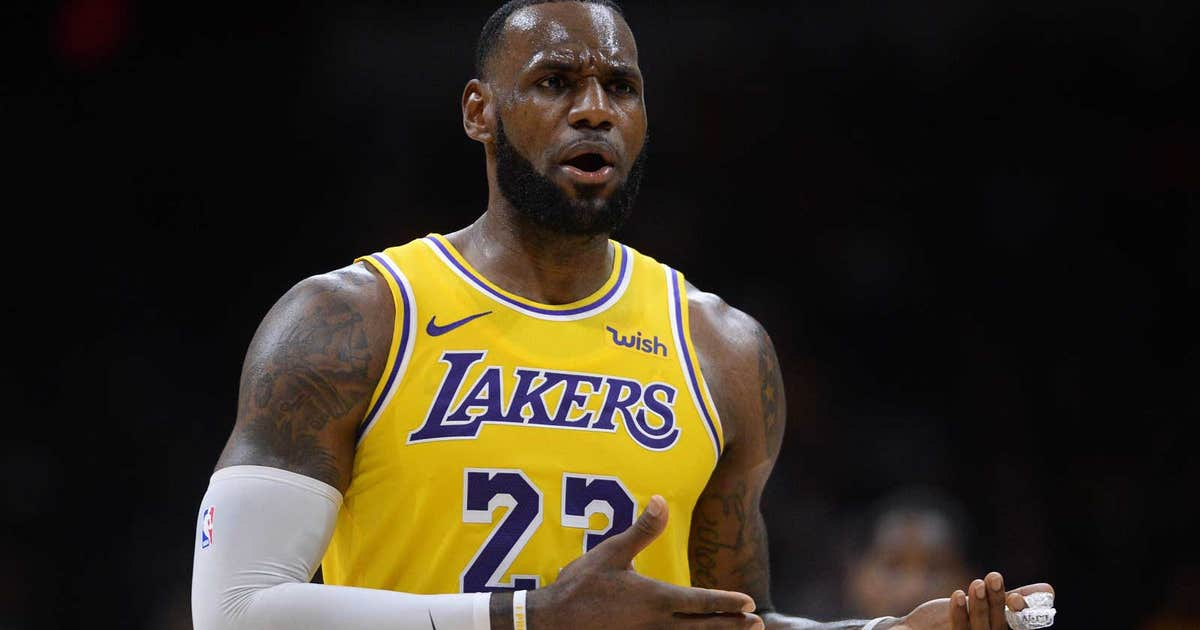 LeBron James captivates San Diego crowd in debut with Lakers