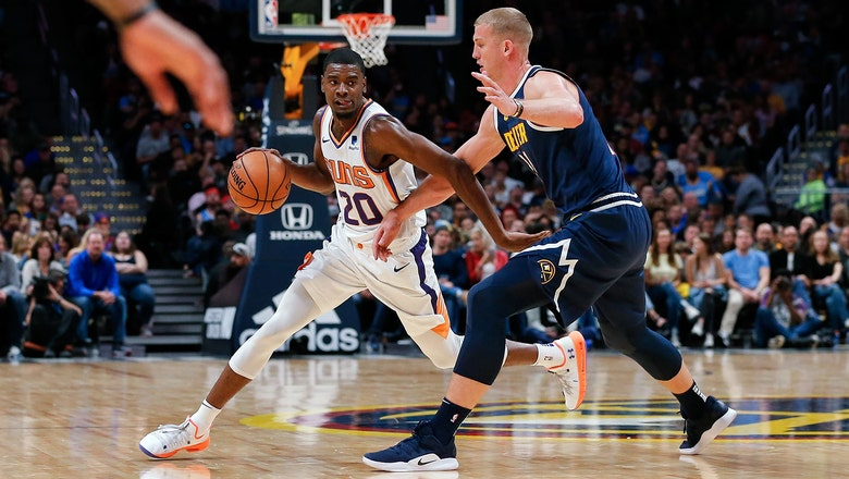 Jokic's triple-double leads Nuggets' rout of Suns