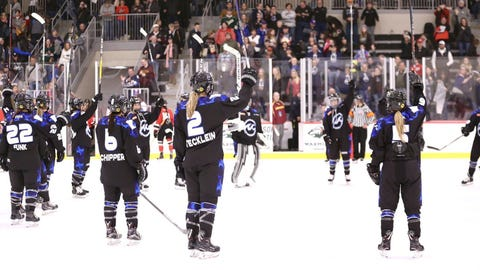 Minnesota Whitecaps (↑ UP)