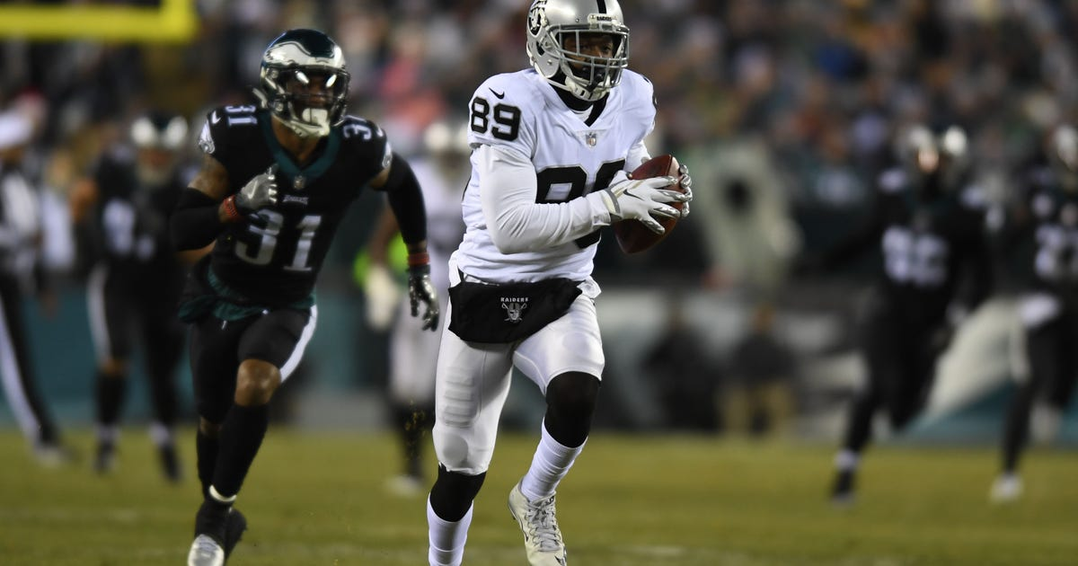 8dfcbc9b5 Cowboys get Amari Cooper from Raiders for 1st-round pick