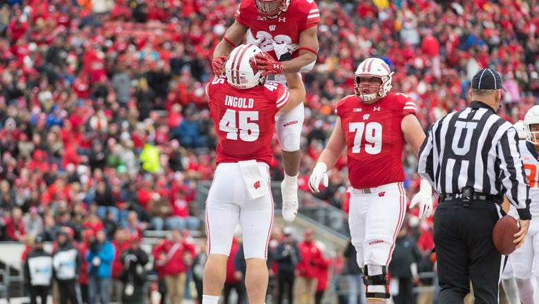 Badgers climb to No. 20 in AP Top 25