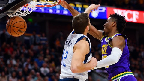 <p>               Utah Jazz guard Donovan Mitchell (45) dunks over Dallas Mavericks forward Maximilian Kleber (42) during the first half of an NBA basketball game Wednesday, Nov. 7, 2018, in Salt Lake City. (AP Photo/Alex Goodlett)             </p>