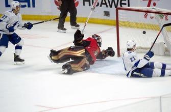 Lightning mount late comeback to win OT thriller against Senators