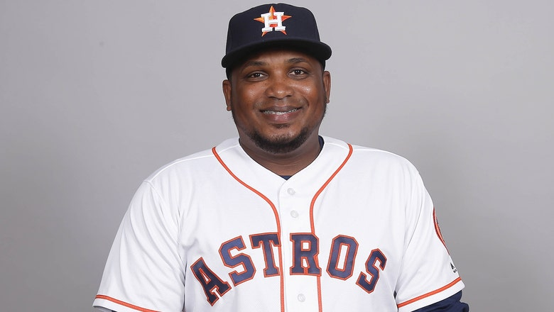Rays hire longtime Astros minor league manager Rodney Linares as new 3rd base coach