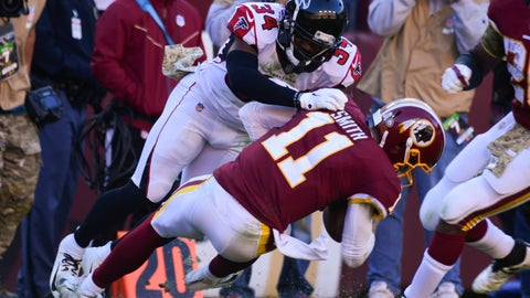 <p>               Atlanta Falcons cornerback Brian Poole (34) stops Washington Redskins quarterback Alex Smith's (11) long run during the first half of an NFL football game Sunday, Nov. 4, 2018 in Landover, Md. (AP Photo/Susan Walsh)             </p>