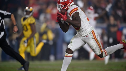 <p>               Kansas City Chiefs wide receiver Tyreek Hill hauls in a touchdown catch against the Los Angeles Rams during the second half of an NFL football game, Monday, Nov. 19, 2018, in Los Angeles. (AP Photo/Kelvin Kuo)             </p>