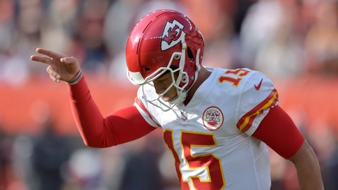 <p>               Kansas City Chiefs quarterback Patrick Mahomes celebrates a 1-yard touchdown by running back Kareem Hunt during the first half of an NFL football game against the Cleveland Browns, Sunday, Nov. 4, 2018, in Cleveland. (AP Photo/David Richard)             </p>