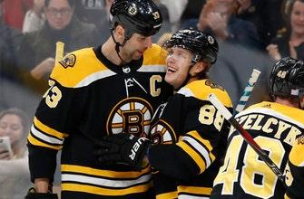 Pastrnak scores 3, Bruins beat Maple Leafs 5-1