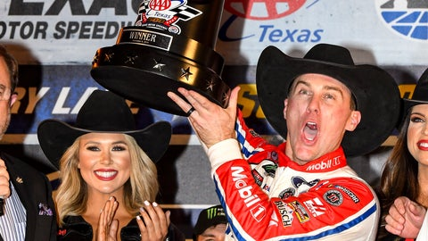 <p>               Kevin Harvick celebrates in Victory Lane after winning a NASCAR Cup auto race at Texas Motor Speedway, Sunday, Nov. 4, 2018, in Fort Worth, Texas. (AP Photo/Larry Papke)             </p>