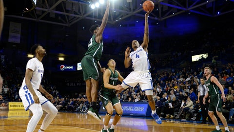 <p>               Buffalo guard Davonta Jordan (4) drives to the basket while defended by Dartmouth forward Chris Knight (23) during the first half of an NCAA college basketball game in Buffalo, N.Y., Wednesday, Nov. 21, 2018. (AP Photo/Adrian Kraus)             </p>
