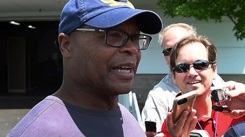 <p>               FILE - In this June 7, 2018, file photo, Hall of Fame linebacker and former NFL football coach Mike Singletary talks to reporters while visiting the Detroit Lions' practice in Allen Park, Mich. Singletary is back on the sidelines at a private school in Texas while at the same time preparing to coach the Memphis entry in the new Alliance of American Football league. Singletary talks to PodcastOne Sports Now about how it is often difficult for star players to become successful coaches, and what he's doing to try and change that. (Daniel Mears/The Detroit News via AP, File)             </p>