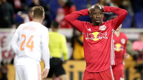 <p>               New York Red Bulls forward Bradley Wright-Phillips, right, reacts during the second half of the second leg of the MLS soccer Eastern Conference championship against Atlanta United, Thursday, Nov. 29, 2018, in Harrison, N.J. The Red Bulls won 1-0, but Atlanta United won on aggregate. (AP Photo/Julio Cortez)             </p>