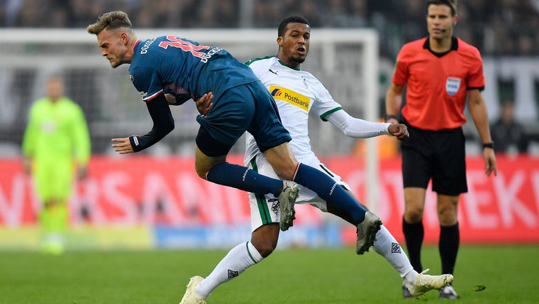 Gladbach beats Duesseldorf, moves above Bayern in Bundesliga