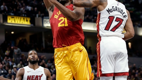 <p>               Indiana Pacers forward Thaddeus Young (21) goes to the basket in front of Miami Heat forward Rodney McGruder (17) during the second half of an NBA basketball game in Indianapolis, Friday, Nov. 16, 2018. (AP Photo/AJ Mast)             </p>