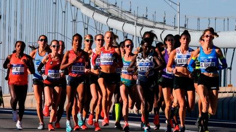 <p>               Elite women runners cross the Verrazano-Narrows Bridge during the New York City Marathon on Sunday, Nov. 4, 2018, in New York. (AP Photo/Eduardo Munoz Alvarez)             </p>