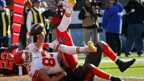 <p>               Kansas City Chiefs tight end Travis Kelce is tackled by Cleveland Browns linebacker Christian Kirksey after scoring on an 11-yard pass during the first half of an NFL football game, Sunday, Nov. 4, 2018, in Cleveland. (AP Photo/Ron Schwane)             </p>