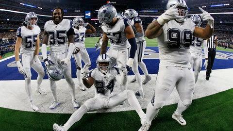 <p>               Dallas Cowboys players celebrate their win over -New Orleans Saints in an NFL football game, in Arlington, Texas, Thursday, Nov. 29, 2018. Dallas won 13-10. (AP Photo/Ron Jenkins)             </p>