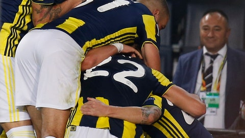 <p>               Fenerbahce's players celebrate with their teammate Michael Frey, no 22, after he scored against Anderlecht during the group D Europa League soccer match between Fenerbahce and Anderlecht at the Sukru Saracoglu stadium, in Istanbul, Thursday, Nov. 8, 2018. (AP Photo/Lefteris Pitarakis)             </p>
