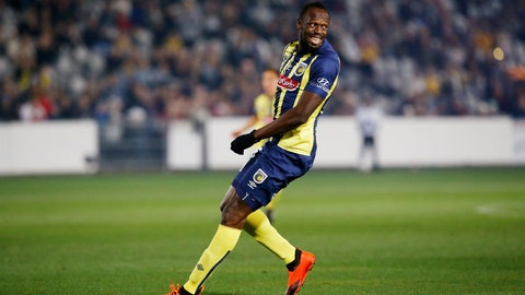 <p>               FILE--In this Aug. 31, 2018, file photo Usain Bolt smiles as he looks over his shoulder during a friendly trial soccer match between the Central Coast Mariners and the Central Coast Select in Gosford, Australia. Bolt's bid to become a professional soccer player in Australia has ended with the Olympic sprinting great failing to agree on a contract with the Mariners. (AP Photo/Steve Christo, File)             </p>