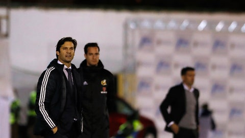 <p>               Real Madrid's interim coach Santiago Solari, left, looks on during the Spanish Copa del Rey soccer match between Melilla and Real Madrid at the Municipal Alvarez Claro stadium in the Spain's enclave of Melilla, Wednesday, Oct. 31, 2018.(AP Photo/Javier Gandul)             </p>