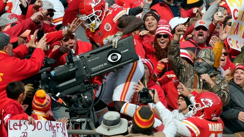 <p>               Kansas City Chiefs quarterback Patrick Mahomes (15) watches as wide receiver Tyreek Hill (10) climbs behind a television camera following his touchdown, during the first half of an NFL football game against the Arizona Cardinals in Kansas City, Mo., Sunday, Nov. 11, 2018. Hill drew a penalty on his celebration. (AP Photo/Ed Zurga)             </p>