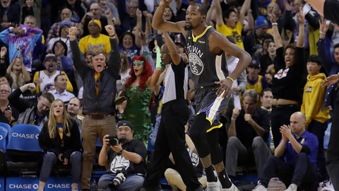 <p>               Fans cheer after Golden State Warriors forward Kevin Durant (35) scored against the New Orleans Pelicans during the first half of an NBA basketball game in Oakland, Calif., Wednesday, Oct. 31, 2018. (AP Photo/Jeff Chiu)             </p>
