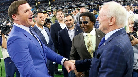 <p>               Dallas Cowboys owner Jerry Jones, right, speaks with former NFL player Jason Witten before the first half of an NFL football game between the Dallas Cowboys and the Tennessee Titans, Monday, Nov. 5, 2018, in Arlington, Texas. (AP Photo/Ron Jenkins)             </p>