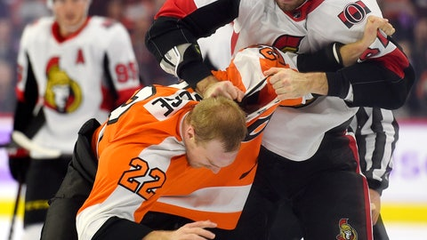 <p>               Ottawa Senators' Ben Harpur, top, fights Philadelphia Flyers' Dale Weise (22) during the first period of an NHL hockey game Tuesday, Nov. 27, 2018, in Philadelphia. (AP Photo/Derik Hamilton)             </p>