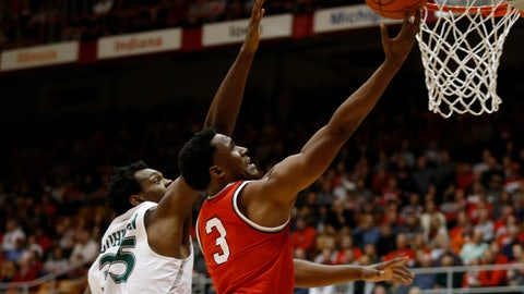 <p>               Ohio State guard C.J. Jackson, right, goes up to shoot against Cleveland State freshman Deante Johnson during the first half of an NCAA college basketball game in Columbus, Ohio, Friday, Nov. 23, 2018. (AP Photo/Paul Vernon)             </p>