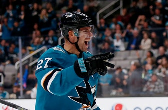 Pavelski leads Sharks in 3-1 win over Flames