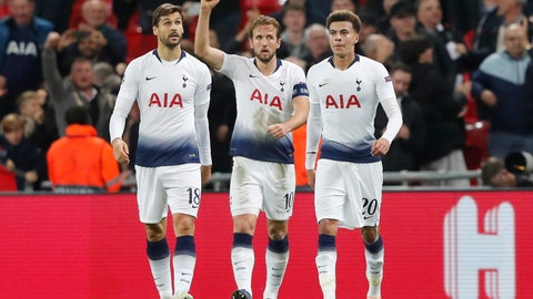 <p>               Tottenham forward Harry Kane, center, celebrates with teammates his sides second goal in front of fans during the Champions League Group B soccer match between Tottenham Hotspur and PSV Eindhoven at Wembley Stadium in London, England, Tuesday, Nov. 6, 2018.(AP Photo/Frank Augstein)             </p>