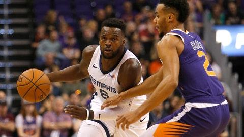 <p>               Memphis Grizzlies guard Shelvin Mack (6) drives against Phoenix Suns guard Elie Okobo in the first half during an NBA basketball game, Sunday, Nov. 4, 2018, in Phoenix. (AP Photo/Rick Scuteri)             </p>