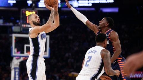 <p>               Orlando Magic's Evan Fournier, left, shoots over New York Knicks' Damyean Dotson during the first half of an NBA basketball game Sunday, Nov. 11, 2018, in New York. (AP Photo/Frank Franklin II)             </p>