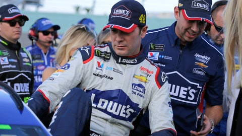 <p>               Jimmie Johnson, left, gets into his car before the NASCAR Cup Series championship auto race at Homestead-Miami Speedway, Sunday, Nov. 18, 2018, in Homestead, Fla. At right is crew chief Chad Knaus. (AP Photo/Terry Renna)             </p>