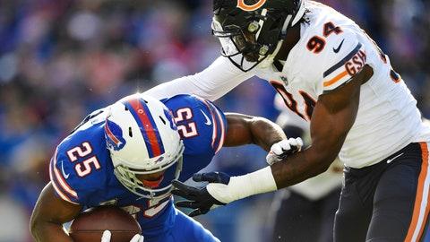 <p>               Chicago Bears' Leonard Floyd (94) tackles Buffalo Bills' LeSean McCoy (25) during the first half of an NFL football game Sunday, Nov. 4, 2018, in Orchard Park, N.Y. (AP Photo/Adrian Kraus)             </p>