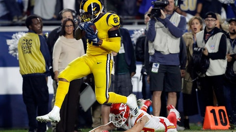 <p>               FILE - In this Monday, Nov. 19, 2018, file photo, Los Angeles Rams tight end Gerald Everett breaks away from Kansas City Chiefs defensive back Daniel Sorensen to score a touchdown during the second half of an NFL football game, in Los Angeles. Everett is far from the most famous offensive skill player on the Rams' talent-stacked roster, but he hopes to build on his starring performance in their last game against Kansas City. (AP Photo/Marcio Jose Sanchez, File)             </p>
